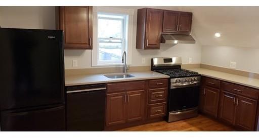 2 Bedrooms, Oak Grove Rental in Boston, MA for $2,300 - Photo 2