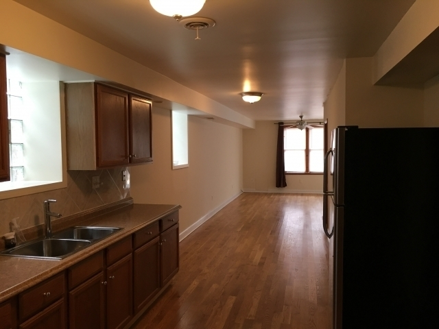 2 Bedrooms, Fulton Market Rental in Chicago, IL for $2,000 - Photo 1