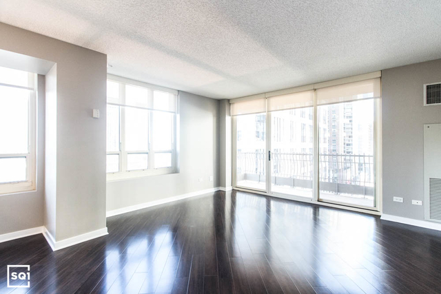 2 Bedrooms, Gold Coast Rental in Chicago, IL for $4,799 - Photo 2