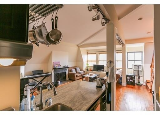 2 Bedrooms, Shawmut Rental in Boston, MA for $3,675 - Photo 2