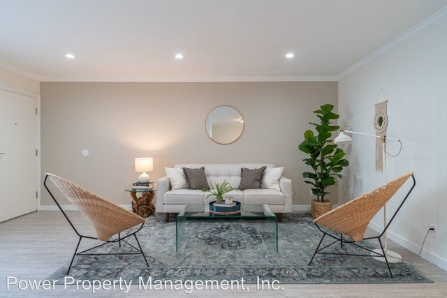 2 Bedrooms, Valley Village Rental in Los Angeles, CA for $2,382 - Photo 1