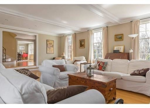 6 Bedrooms, West Medford Rental in Boston, MA for $7,000 - Photo 2