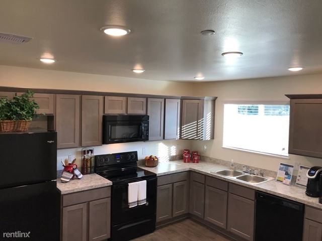 3 Bedrooms, Northwest Harris Rental in Houston for $1,555 - Photo 1