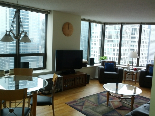 1 Bedroom, River North Rental in Chicago, IL for $2,350 - Photo 2