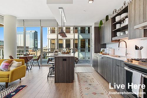 1 Bedroom, Oak Park Rental in Chicago, IL for $2,868 - Photo 2