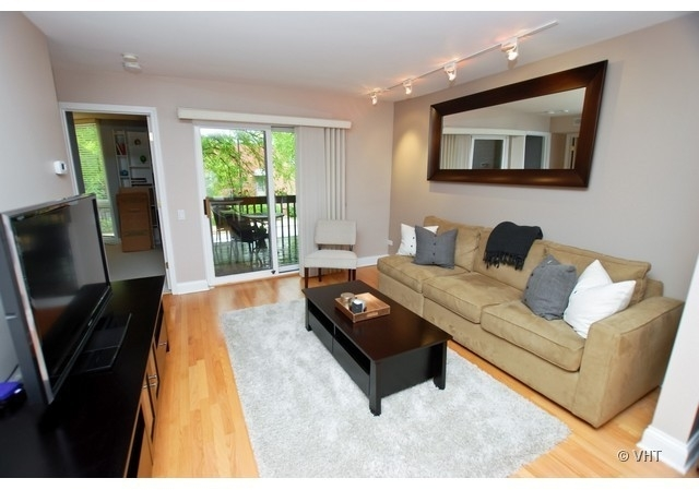 2 Bedrooms, Lincoln Park Rental in Chicago, IL for $2,600 - Photo 2