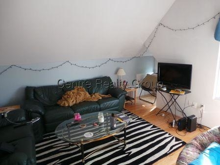 2 Bedrooms, East Somerville Rental in Boston, MA for $2,400 - Photo 2
