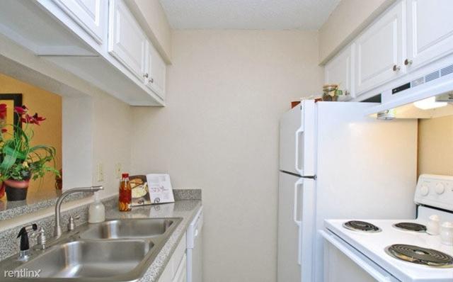 1 Bedroom, Briargrove Park Rental in Houston for $898 - Photo 1