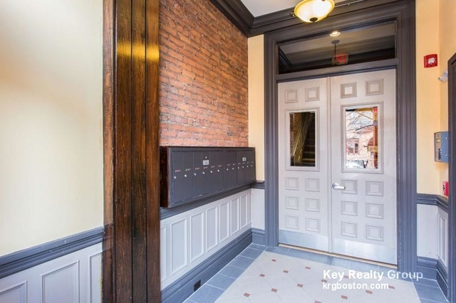 Studio, Back Bay West Rental in Boston, MA for $2,150 - Photo 2