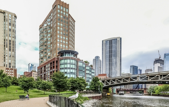 3 Bedrooms, River North Rental in Chicago, IL for $5,395 - Photo 1