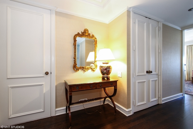 2 Bedrooms, Gold Coast Rental in Chicago, IL for $6,500 - Photo 2