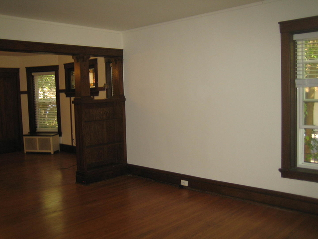 3 Bedrooms, Evanston Rental in Chicago, IL for $2,100 - Photo 2
