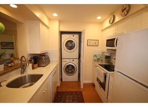 2 Bedrooms, Prudential - St. Botolph Rental in Boston, MA for $4,000 - Photo 2