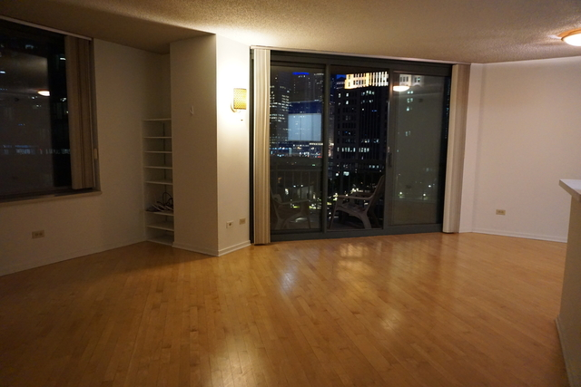1 Bedroom, Streeterville Rental in Chicago, IL for $1,800 - Photo 2