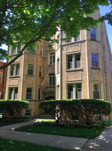 3 Bedrooms, Ravenswood Rental in Chicago, IL for $1,800 - Photo 2