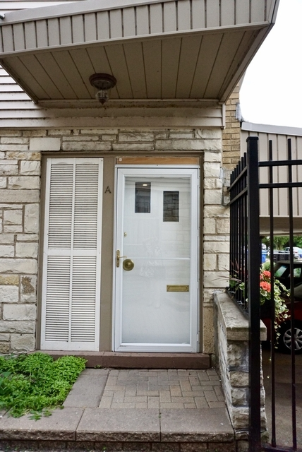 4 Bedrooms, Rogers Park Rental in Chicago, IL for $3,000 - Photo 2