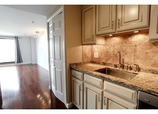 2 Bedrooms, Back Bay West Rental in Boston, MA for $4,100 - Photo 2