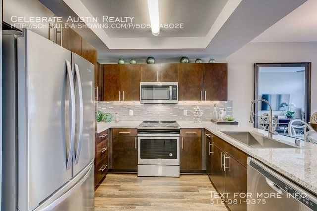 2 Bedrooms, North Oaklawn Rental in Dallas for $2,700 - Photo 1