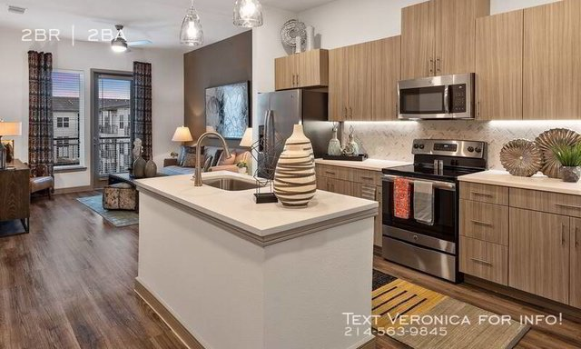 2 Bedrooms, Lovefield West Rental in Dallas for $2,341 - Photo 2