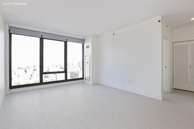 1 Bedroom, Near West Side Rental in Chicago, IL for $2,195 - Photo 2