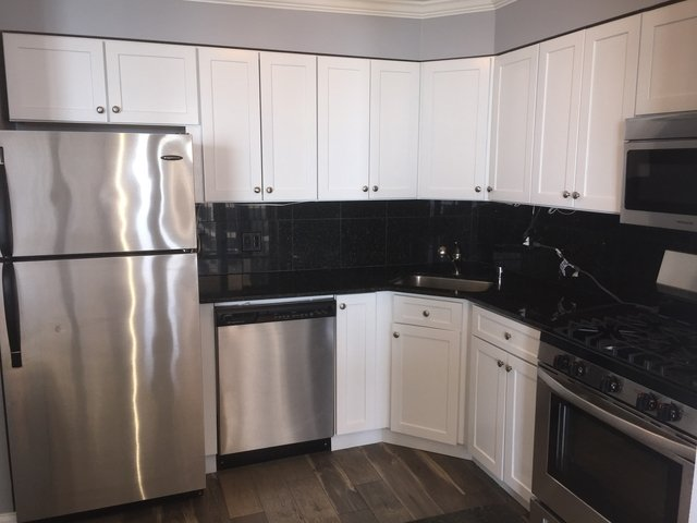 1 Bedroom, Near East Side Rental in Chicago, IL for $1,900 - Photo 2