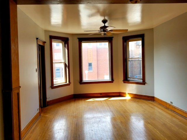 3 Bedrooms, Logan Square Rental in Chicago, IL for $1,650 - Photo 2