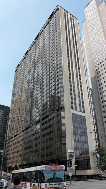 3 Bedrooms, The Loop Rental in Chicago, IL for $3,395 - Photo 1