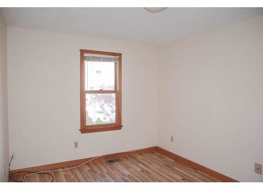3 Bedrooms, Newton Corner Rental in Boston, MA for $2,800 - Photo 2
