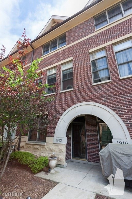 3 Bedrooms, Prairie District Rental in Chicago, IL for $3,500 - Photo 2