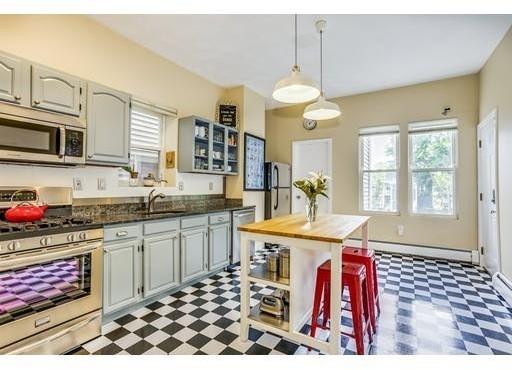 3 Bedrooms, Sav-Mor Rental in Boston, MA for $2,400 - Photo 1