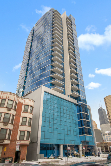 2 Bedrooms, River North Rental in Chicago, IL for $3,900 - Photo 1