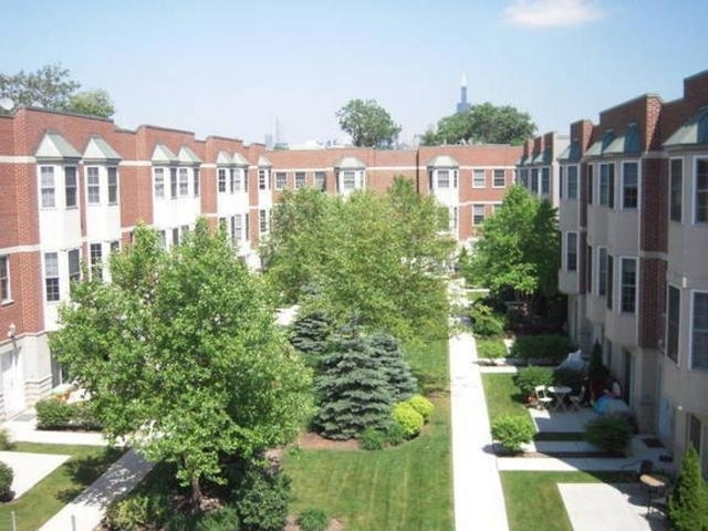 2 Bedrooms, Near West Side Rental in Chicago, IL for $2,200 - Photo 1