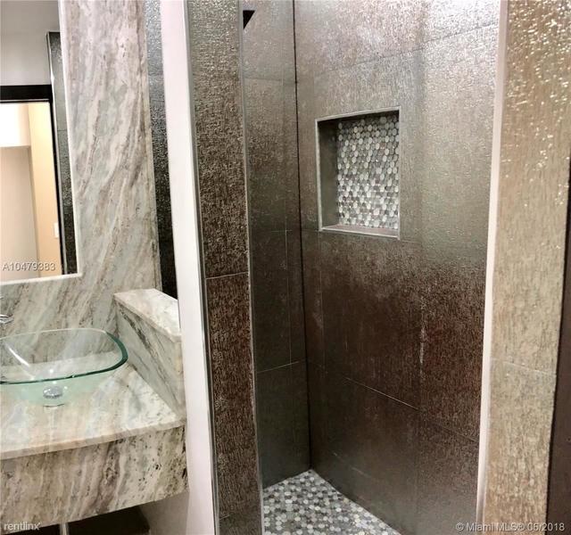 5 Bedrooms, Coral Bay Rental in Miami, FL for $2,700 - Photo 2