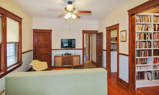 3 Bedrooms, Oak Park Rental in Chicago, IL for $2,300 - Photo 2