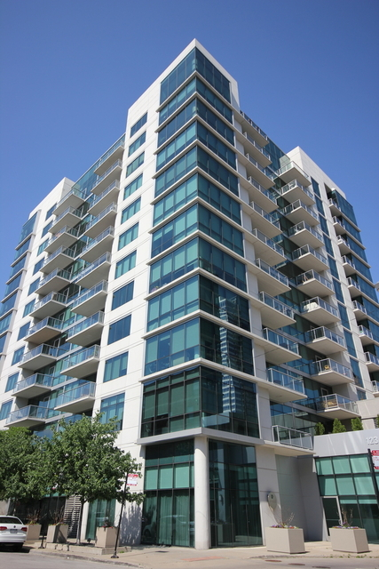 2 Bedrooms, Greektown Rental in Chicago, IL for $3,500 - Photo 1
