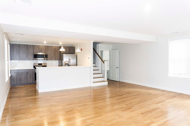 2 Bedrooms, East Somerville Rental in Boston, MA for $3,395 - Photo 2