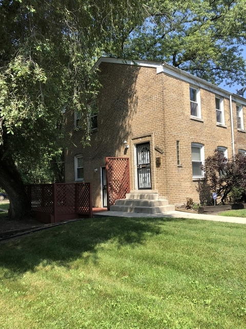 2 Bedrooms, Calumet Heights Rental in Chicago, IL for $1,300 - Photo 2