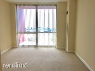 2 Bedrooms, Prairie District Rental in Chicago, IL for $2,900 - Photo 1