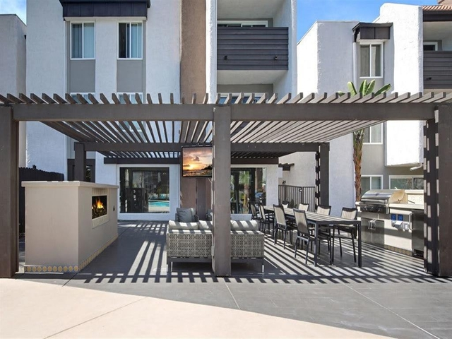1 Bedroom, Warner Center Rental in Los Angeles, CA for $9,822 - Photo 2
