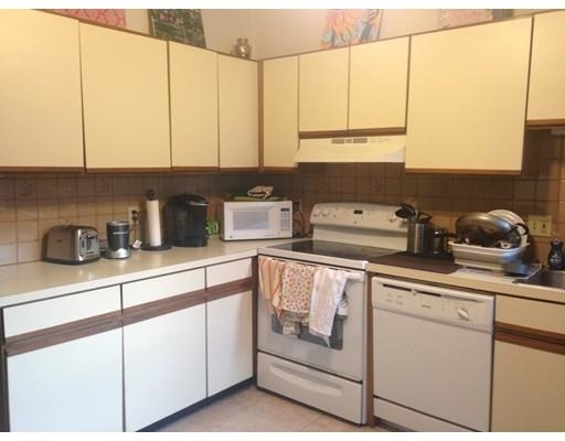 4 Bedrooms, Waterfront Rental in Boston, MA for $5,250 - Photo 1