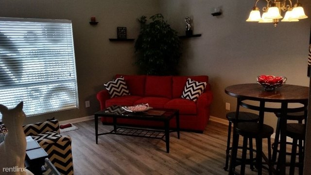 2 Bedrooms, Conroe Rental in Houston for $1,199 - Photo 1