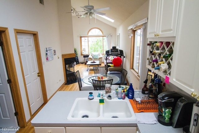 3 Bedrooms, Noble Square Rental in Chicago, IL for $2,600 - Photo 2