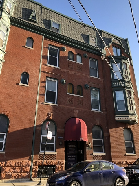 2 Bedrooms, Old Town Rental in Chicago, IL for $2,895 - Photo 1