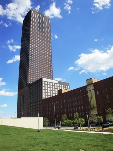 3 Bedrooms, Streeterville Rental in Chicago, IL for $4,650 - Photo 1