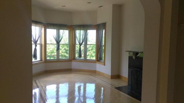 3 Bedrooms, Grand Boulevard Rental in Chicago, IL for $1,950 - Photo 2