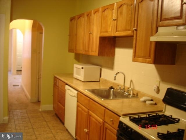 6 Bedrooms, Point Breeze Rental in Philadelphia, PA for $2,500 - Photo 2