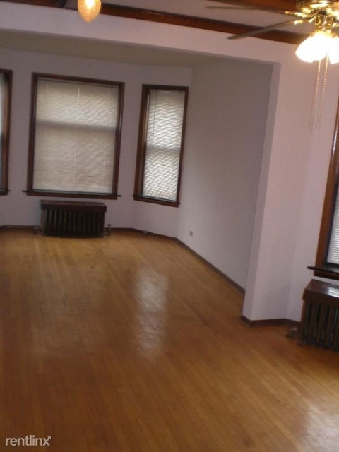 3 Bedrooms, Logan Square Rental in Chicago, IL for $1,995 - Photo 2
