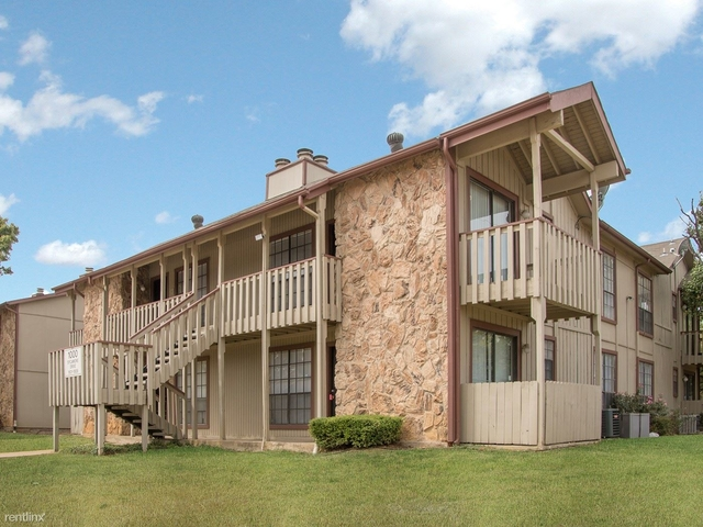 2 Bedrooms, Timber Ridge Rental in Dallas for $915 - Photo 2