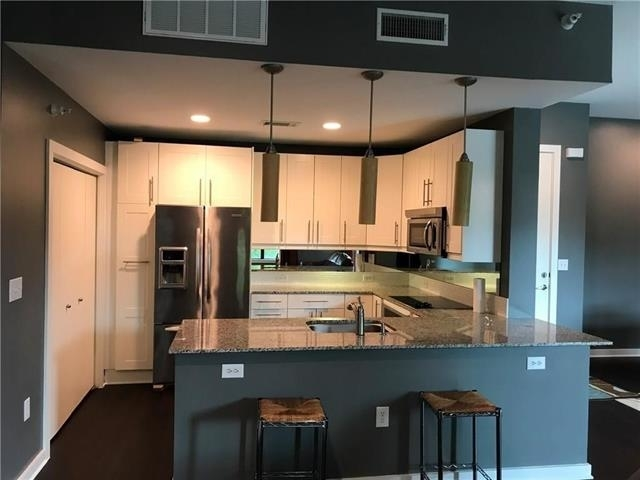 2 Bedrooms, Cultural District Rental in Dallas for $2,600 - Photo 1