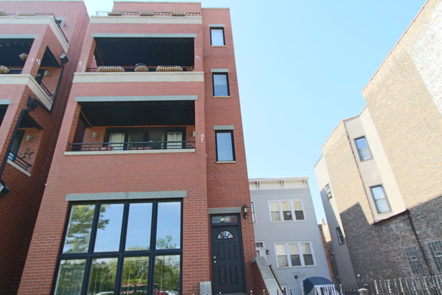 4 Bedrooms, Fulton Market Rental in Chicago, IL for $4,200 - Photo 1